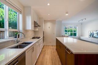 """Photo 4: 4 10611 GILBERT Road in Richmond: Woodwards Townhouse for sale in """"Preston"""" : MLS®# R2591228"""