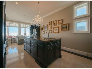 Photo 11: 13590 MARINE DR in Surrey: Crescent Bch Ocean Pk. House for sale (South Surrey White Rock)  : MLS®# F1401186