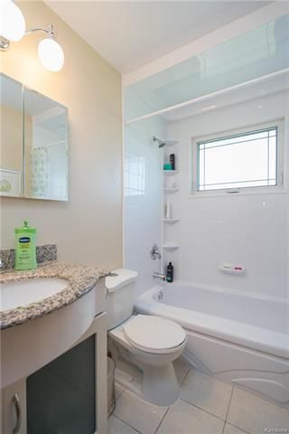 Photo 12: 427 McMeans Bay in Winnipeg: West Transcona Residential for sale (3L)  : MLS®# 1813538