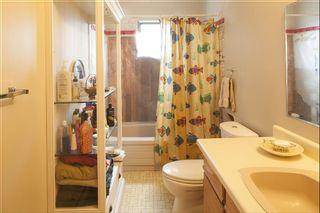 Photo 13: 6863 SEAVIEW ROAD in Sechelt: Sechelt District House for sale (Sunshine Coast)  : MLS®# R2078685