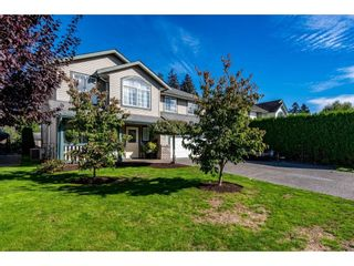 Main Photo: 44657 MICHAEL Drive in Chilliwack: Vedder S Watson-Promontory House for sale (Sardis)  : MLS®# R2620275