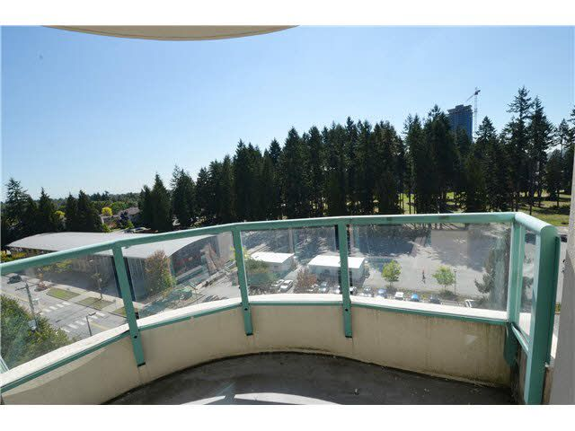 """Photo 6: Photos: 904 3071 GLEN Drive in Coquitlam: North Coquitlam Condo for sale in """"PARC LAURENT"""" : MLS®# V1143282"""