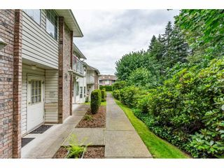 "Photo 2: 48 2938 TRAFALGAR Street in Abbotsford: Central Abbotsford Townhouse for sale in ""Trafalgar Park"" : MLS®# R2475643"