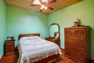 Photo 17: VISTA House for sale : 5 bedrooms : 1586 Sunrise Dr