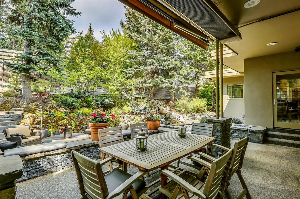 Photo 17: Photos: 2207 Amherst Street SW in Calgary: Upper Mount Royal Detached for sale : MLS®# A1062156