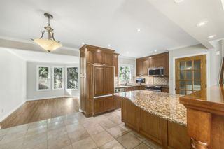 Photo 12: 28 Glacier Place SW in Calgary: Glamorgan Detached for sale : MLS®# A1091436