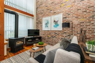 """Photo 6: 203 10 RENAISSANCE Square in New Westminster: Quay Condo for sale in """"Murano Lofts"""" : MLS®# R2619695"""