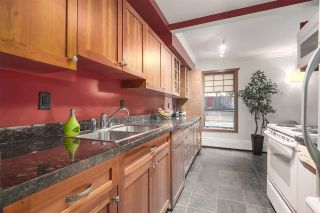 "Photo 8: 104 1484 CHARLES Street in Vancouver: Grandview VE Condo for sale in ""LANDMARK ARMS"" (Vancouver East)  : MLS®# R2203961"