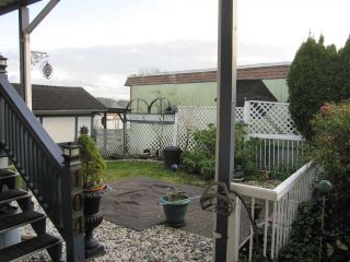 """Photo 11: 104 9950 WILSON Street in Mission: Stave Falls Manufactured Home for sale in """"Ruskin Place"""" : MLS®# R2123611"""
