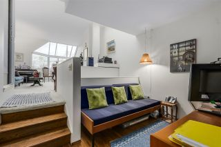 """Photo 11: 2778 W 1ST Avenue in Vancouver: Kitsilano Townhouse for sale in """"Cherry West"""" (Vancouver West)  : MLS®# R2020380"""