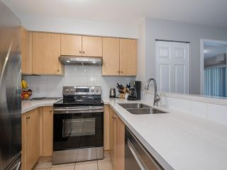 Photo 9: 2319 244 SHERBROOKE Street in New Westminster: Sapperton Condo for sale : MLS®# R2467926