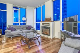 """Photo 10: 3704 1189 MELVILLE Street in Vancouver: Coal Harbour Condo for sale in """"THE MELVILLE"""" (Vancouver West)  : MLS®# R2589411"""