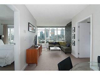 """Photo 2: 805 1133 HOMER Street in Vancouver: Yaletown Condo for sale in """"H&H"""" (Vancouver West)  : MLS®# V1142665"""