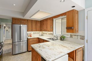 Photo 7: 1907 Stanley Ave in : Vi Fernwood House for sale (Victoria)  : MLS®# 886072