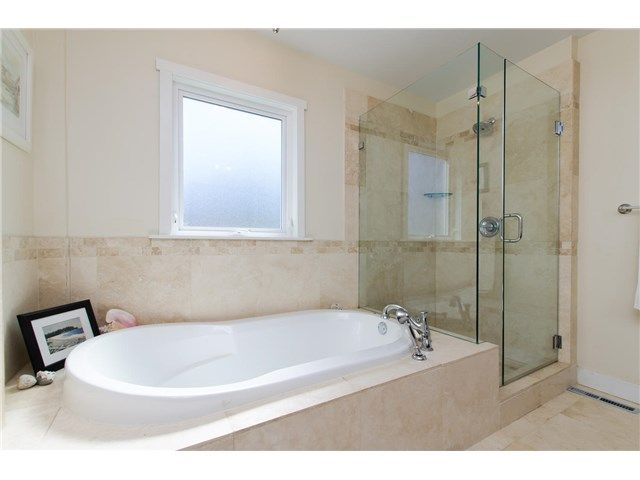 """Photo 15: Photos: 408 ALLEN Drive in Tsawwassen: Pebble Hill House for sale in """"PEBBLE HILL"""" : MLS®# V1137836"""