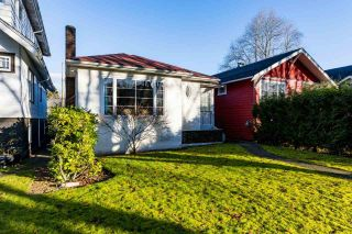 "Photo 3: 3355 W 12TH Avenue in Vancouver: Kitsilano House for sale in ""Kitsilano"" (Vancouver West)  : MLS®# R2536590"