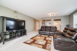 """Photo 9: 208 2585 WARE Street in Abbotsford: Central Abbotsford Condo for sale in """"The Maples"""" : MLS®# R2500428"""