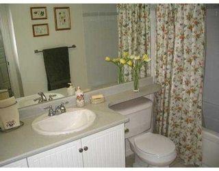 """Photo 9: 218 12639 NO 2 RD in Richmond: Steveston South Condo for sale in """"NAUTICA SOUTH"""" : MLS®# V582114"""