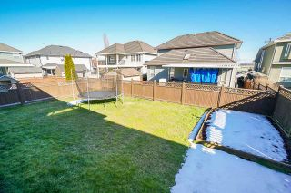 Photo 19: 7022 151A Street in Surrey: East Newton House for sale : MLS®# R2346977