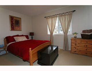 Photo 9: 95 2200 PANORAMA Drive in Port_Moody: Heritage Woods PM Townhouse for sale (Port Moody)  : MLS®# V772360