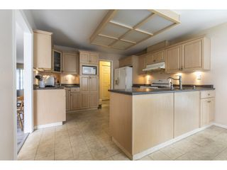 Photo 10: 429 LAURENTIAN Crescent in Coquitlam: Central Coquitlam House for sale : MLS®# R2549934
