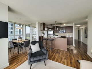 """Photo 4: 902 1495 RICHARDS Street in Vancouver: Yaletown Condo for sale in """"AZURA II"""" (Vancouver West)  : MLS®# R2570710"""