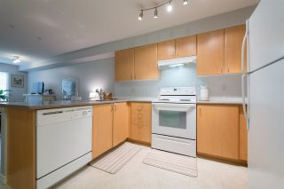 """Photo 8: 305 14859 100 Avenue in Surrey: Guildford Condo for sale in """"GUILDFORD PARK PLACE CHATSWORTH"""" (North Surrey)  : MLS®# R2046628"""