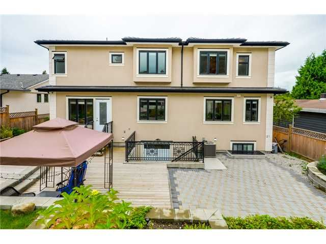 Photo 19: Photos: 4791 CLINTON ST in Burnaby: South Slope House for sale (Burnaby South)  : MLS®# V1084047