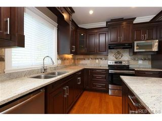 Photo 6: 1022 Citation Rd in VICTORIA: La Florence Lake House for sale (Langford)  : MLS®# 712446