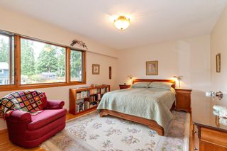 """Photo 10: 3091 HOSKINS Road in North Vancouver: Lynn Valley House for sale in """"Lynn Valley"""" : MLS®# R2465736"""
