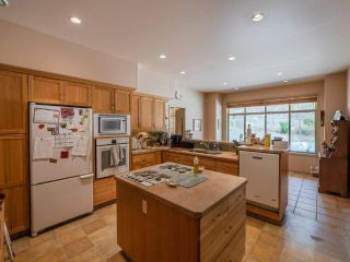 Photo 5: 607 JOHNSON Crescent, in Oliver: House for sale : MLS®# 190889