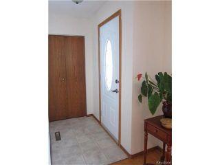 Photo 3: 127 Minikada Bay in Winnipeg: East Transcona Residential for sale (3M)  : MLS®# 1704515