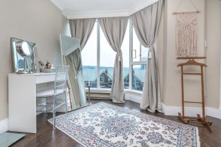 """Photo 18: 701 1235 QUAYSIDE Drive in New Westminster: Quay Condo for sale in """"RIVIERA TOWER"""" : MLS®# R2611498"""