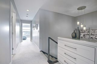 Photo 18: 2426 26 Street SW in Calgary: Killarney/Glengarry Semi Detached for sale : MLS®# A1087712