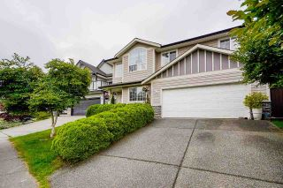 Photo 1: 46157 STONEVIEW Drive in Chilliwack: Promontory House for sale (Sardis)  : MLS®# R2592935
