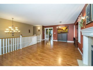 """Photo 5: 27945 JUNCTION Avenue in Abbotsford: Aberdeen House for sale in """"~Station~"""" : MLS®# R2216162"""