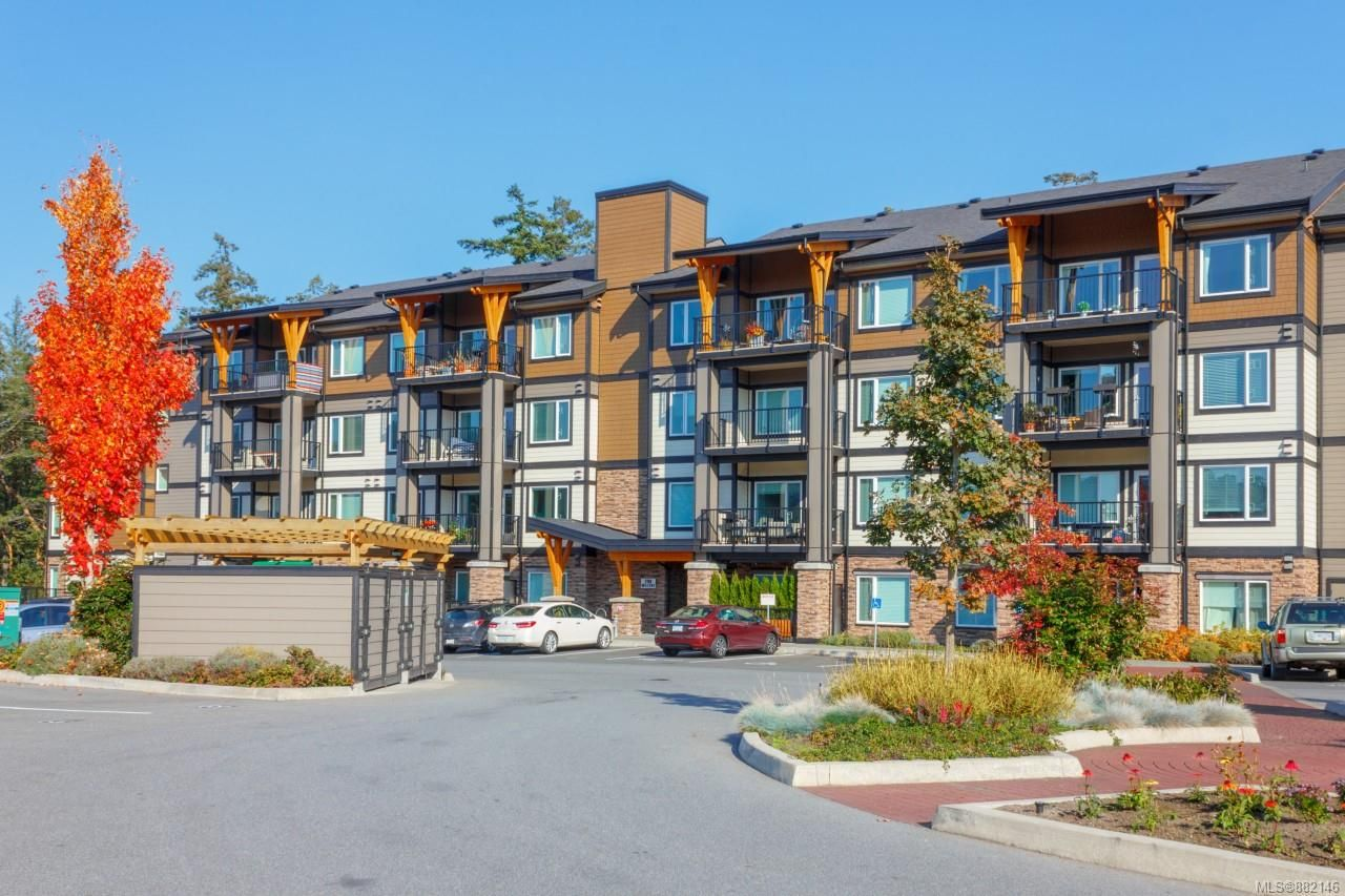 Main Photo: 212 290 Wilfert Rd in : VR Six Mile Condo for sale (View Royal)  : MLS®# 882146