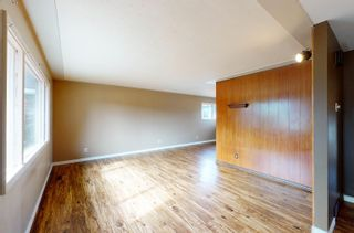 Photo 3: 5908 102 Avenue in Edmonton: Zone 19 House for sale : MLS®# E4262009
