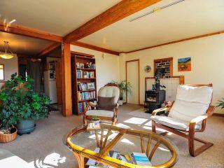 Photo 3: 108 CROTEAU ROAD in COMOX: CV Comox Peninsula House for sale (Comox Valley)  : MLS®# 781193
