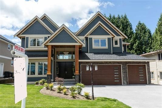 FEATURED LISTING: 944 LILLIAN Street Coquitlam