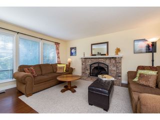 Photo 4: 3753 NANAIMO Crescent in Abbotsford: Central Abbotsford House for sale : MLS®# R2353816