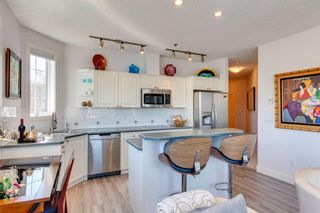 Photo 3: 305 3412 Parkdale Boulevard NW in Calgary: Parkdale Apartment for sale : MLS®# A1099954