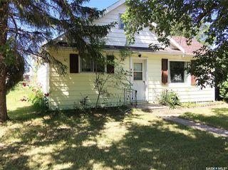 Photo 2: 102 2nd Avenue in Dinsmore: Residential for sale : MLS®# SK840827