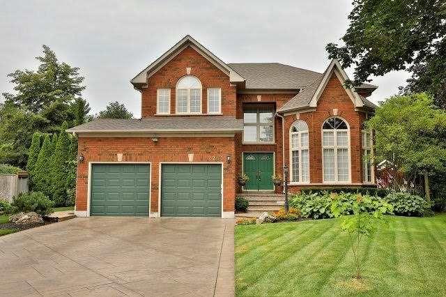 Main Photo: 2265 Carpenters Circle in Oakville: Glen Abbey House (2-Storey) for sale : MLS®# W3893815