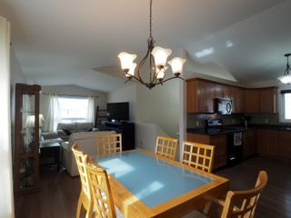 Photo 8: 50 1st Street SW in Portage la Prairie: House for sale : MLS®# 202105577