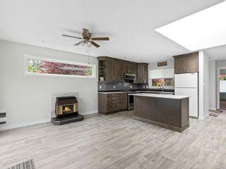 Photo 6: 1 650 W Hoylake Rd in : PQ Qualicum Beach Row/Townhouse for sale (Parksville/Qualicum)  : MLS®# 877709