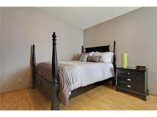 Photo 15: 75 LINCOLN Manor SW in Calgary: Lincoln Park House for sale : MLS®# C3654856