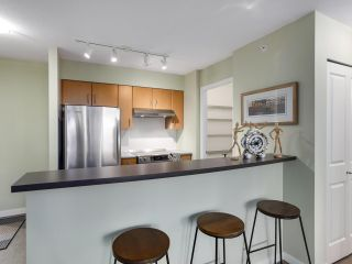 """Photo 8: 1907 1295 RICHARDS Street in Vancouver: Downtown VW Condo for sale in """"THE OSCAR"""" (Vancouver West)  : MLS®# R2539042"""