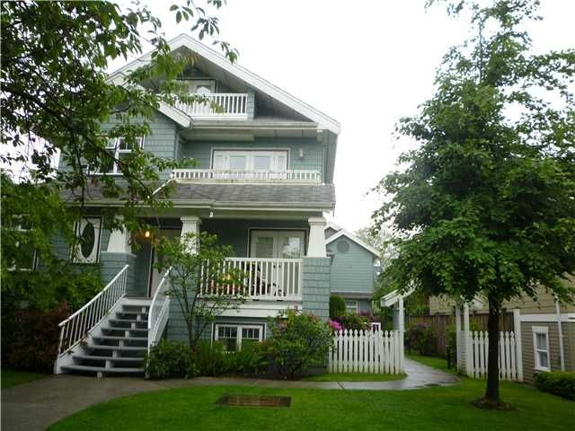 """Main Photo: 3 108 W West 14th Avenue in vancouver: Mount Pleasant VW Townhouse for sale in """"VICTORY ESTATES"""" (Vancouver West)  : MLS®# V834544"""