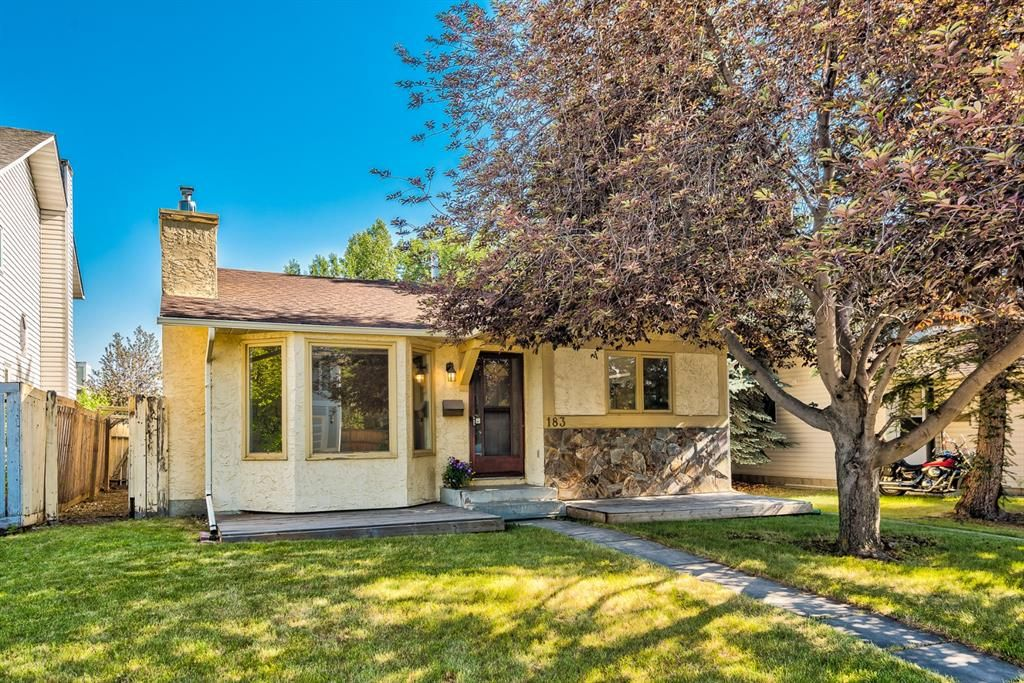 Main Photo: 183 Shawmeadows Road SW in Calgary: Shawnessy Detached for sale : MLS®# A1127759